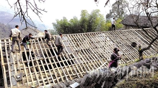 农村琉璃瓦楼顶设计图