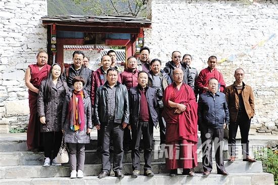 """一位四川援藏律师的承诺:""""理县,等我伤好了就回来!"""""""