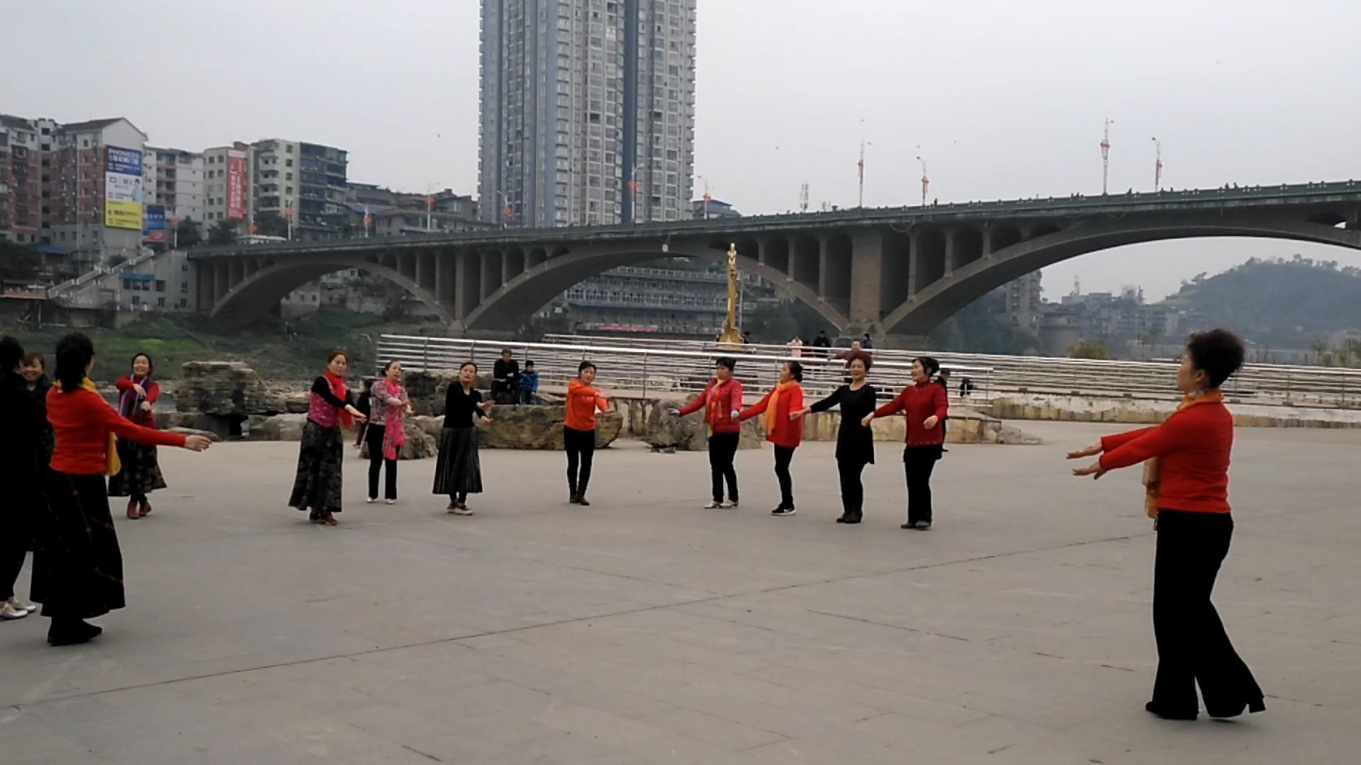 资中县红霞健身队我们爱跳舞 爱健康