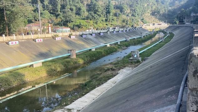 市领导率队调研越溪河河长制工作推进情况