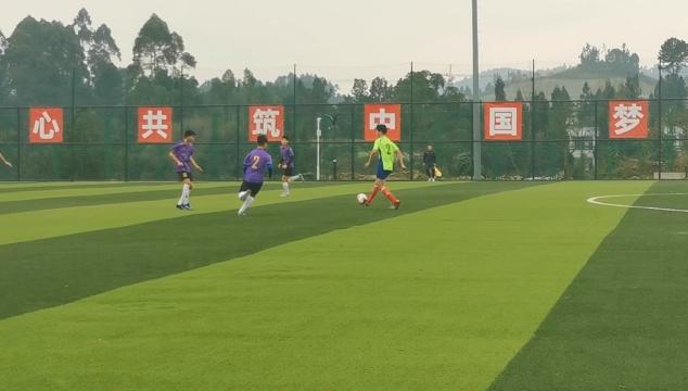51支队伍角逐,内江市校园足球场联赛开赛!