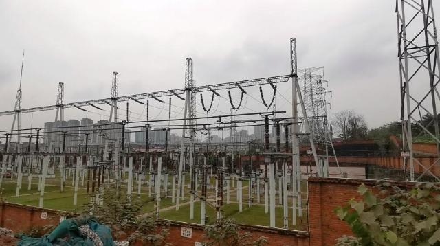 内江新城师院片区电力线路迁改工程整个工程月底圆满结束