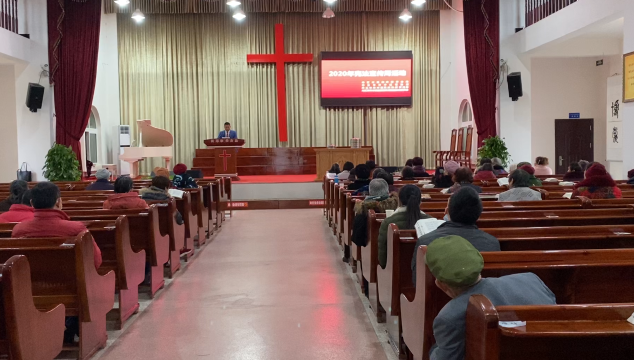 我市开展宪法进宗教活动场所主题活动