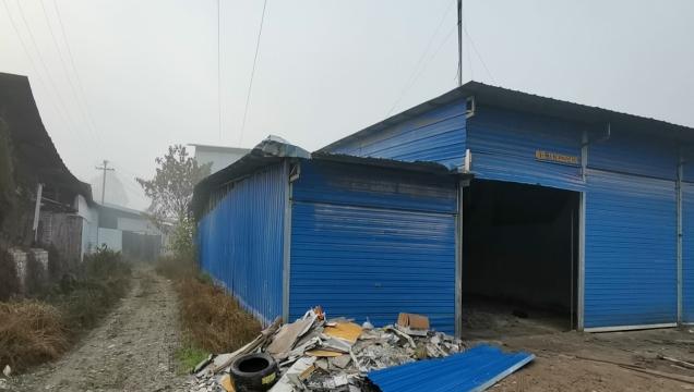 东兴区拆除违建4万多平方米