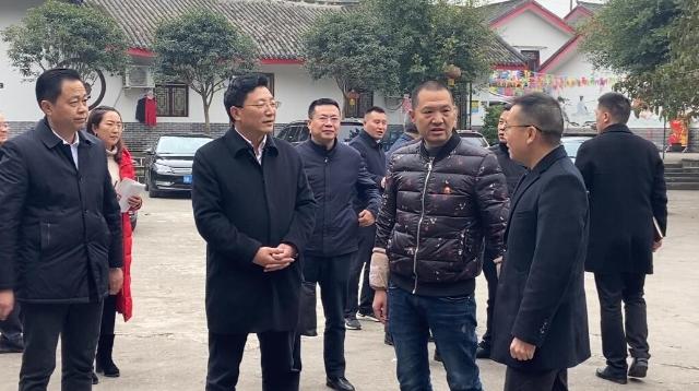 """市领导率队到高新区调研指导村(社区)""""两委""""换届工作"""