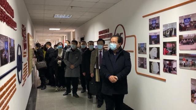 全市机关党组织参观内江市中级人民法院党支部标准化规范化建设